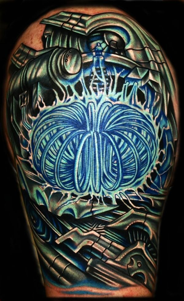 Roman Abrego | ... History > Tattoo Spotlight > Roman Abrego: Delivering A Punch of Color