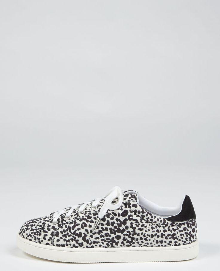 Baskets léopard noir