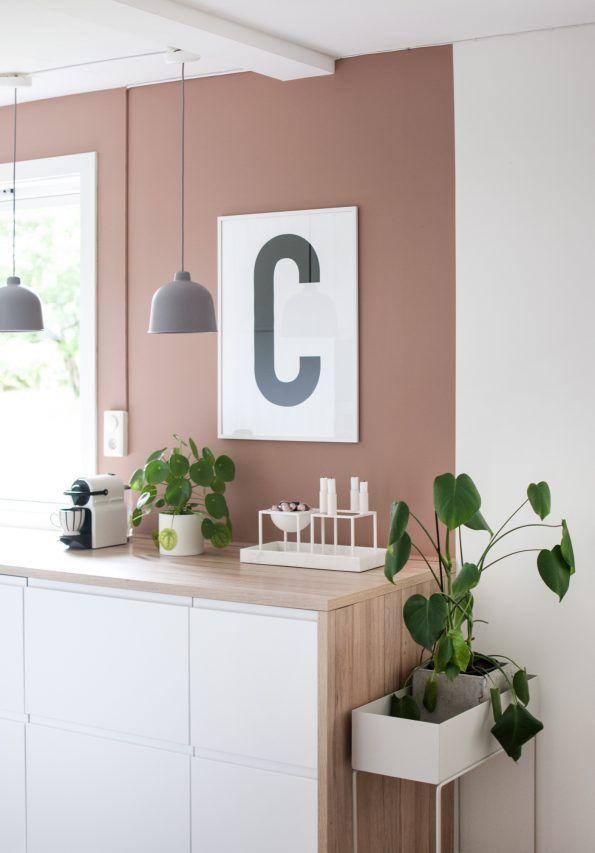 Big & Bold C #typography #typographyposter #letterposter #minimalistisk #minimalisticposter #cleanposter #enkontrast #savannasunset #jotunlady #purecolor #fermliving #plantbox #kitcheninspo #savannasunsetjotun