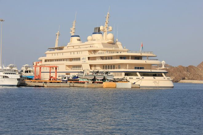 The top 10 most expensive yachts in the world owned by Russian billionaires royalty and more #thatdope #sneakers #luxury #dope #fashion #trending