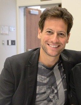 Ioan Gruffudd- because I somehow FORGOT that I used to have a massive crush on him until suddenly, I found the TV show Forever. And then I remembered. Oh yes I remembered. Also he played a Marvel superhero once. Even if it was not one of the better Marvel films ever made, it was not the worst so it still qualifies as someone we can acknowledge having played a Marvel hero.