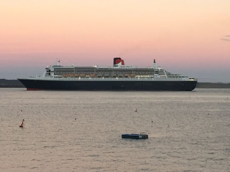 Queen Mary 2 passing Tapeka del Mar as she visits the port of #Russell #BayofIslands