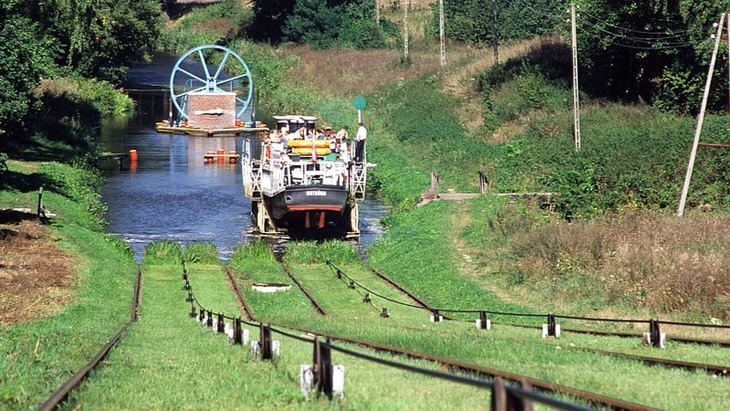 Dobra wiadomość: rewitalizacja Kanału Elbląskiego prawie ukończona. Kto szykuje się na wiosnę w rejs?