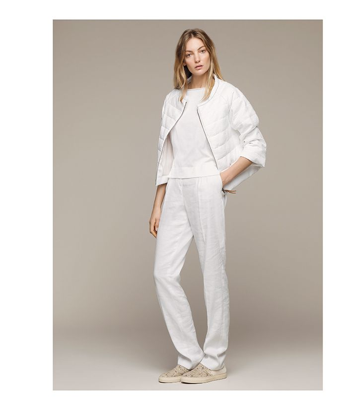 Your classic total white #FabianaFilippi #SS15