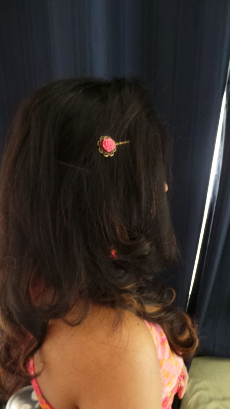 From Accessories by D Christmas Collection.  A beautiful vintage hairpin for summer
