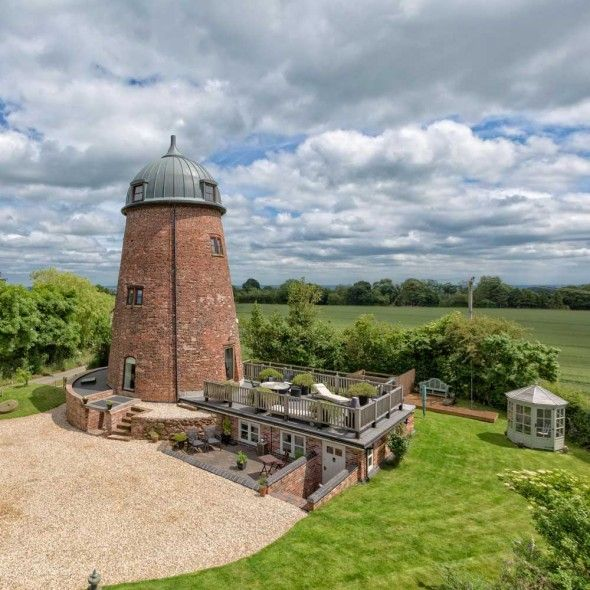 Property of the Day: The Windmill, Stafford | Town & Country Magazine UK