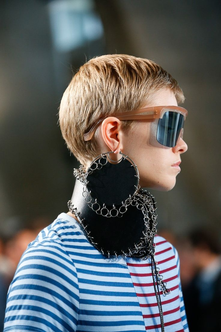 Fresh From the Spring 2019 Runways, 7 New Jewelry Trends and How to Wear Them  #Sunglasses #Sonnenbrille