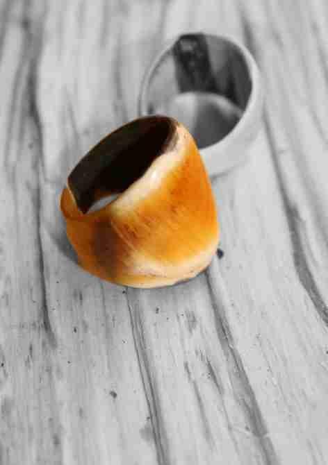 Rings made of horn