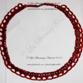 I checked out Red seed beaded necklace on Lish, € 35,00