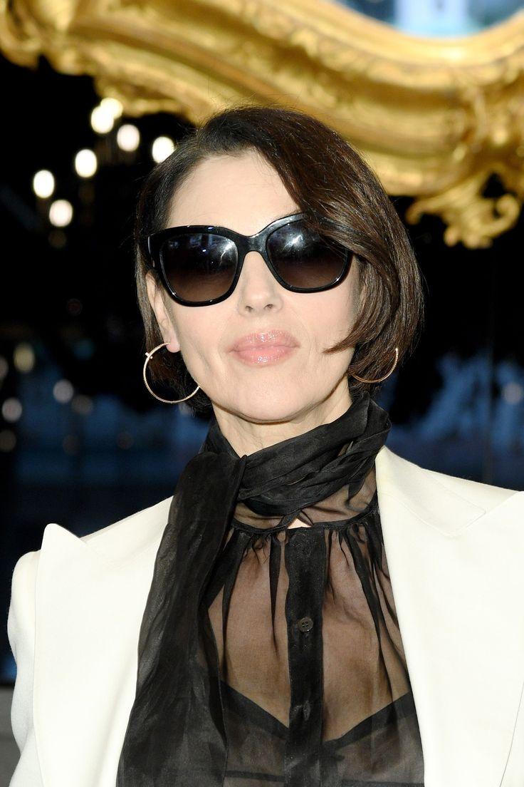 Tagli capelli medi donne over 50: il caschetto di Monica ...