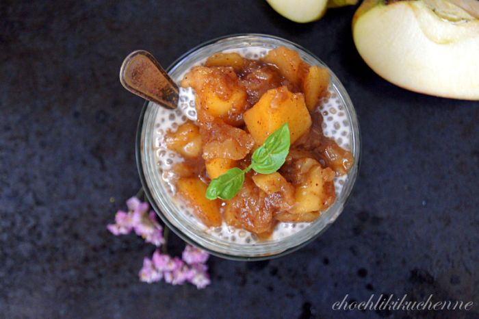 szarlotkowy pudding chia