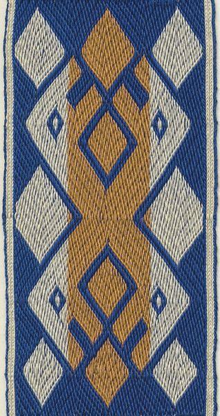 One of the so-called Arlon band motifs. Marijke van Epen