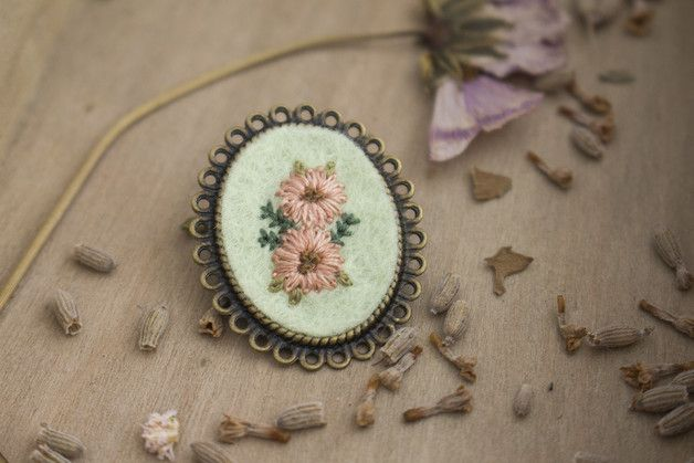 Brooches – Hand Embroidered Flower Brooch – a unique product by thebluerabbithouse on DaWanda