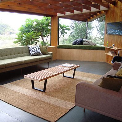 A Hemp Soumak rug was chosen to feature in this Home of the Year Award winner (HOME Magazine, 2011). The resilient hemp rug, in a natural tone reflects the rugged but beautiful Karekare west coast surroundings. Designer: Yvette Jay  PRODUCT: Hemp Soumak  COLOUR: Natural  BINDING: Selvage edge  http://artisanflooring.co.nz/rugs/310042/