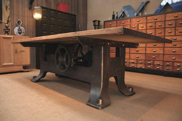 Мебель антиквариат из Европы - стол в стиле индастриал, начала 20 века. Купить в Москве