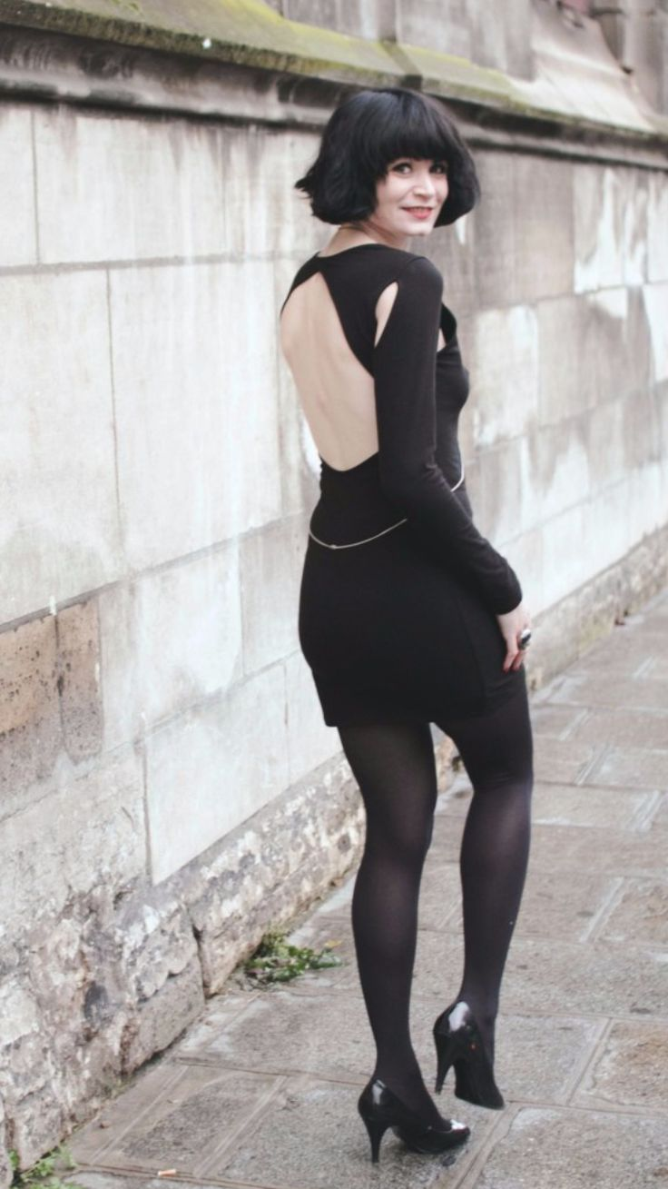 """Mania -  As first seen on blog """"Le blog mode de Mahayanna"""" here: Mania  She is wearing tights similar here: Black Opaque Tights Thick warm opaque tights that take your wardrobe through any weather are topped with a waistband that fits smoothly without digging in for an exceptionally comfortable line-free look.  #tights #pantyhose #hosiery #nylons #tightslover #pantyhoselover #nylonlover #legs"""