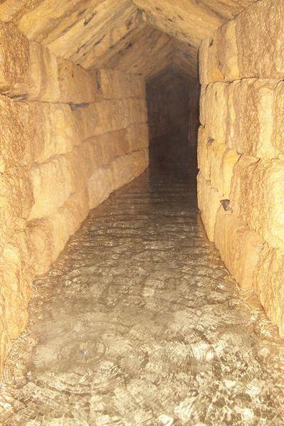 Viaggio dei geologi nel qanat arabi di Palermo: sottosuolo della Sicilia, cuore del Mediterraneo