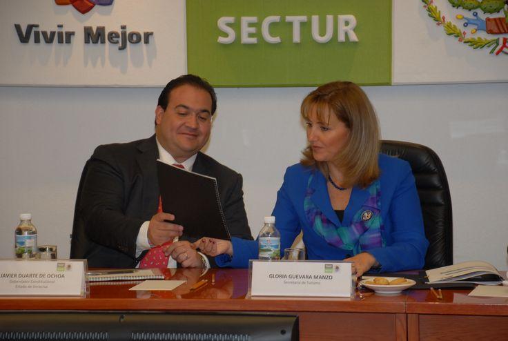 El gobernador Javier Duarte de Ochoa se reunió con la secretaria de turismo federal, Gloria Guevara Manzo, en la Ciudad de México.
