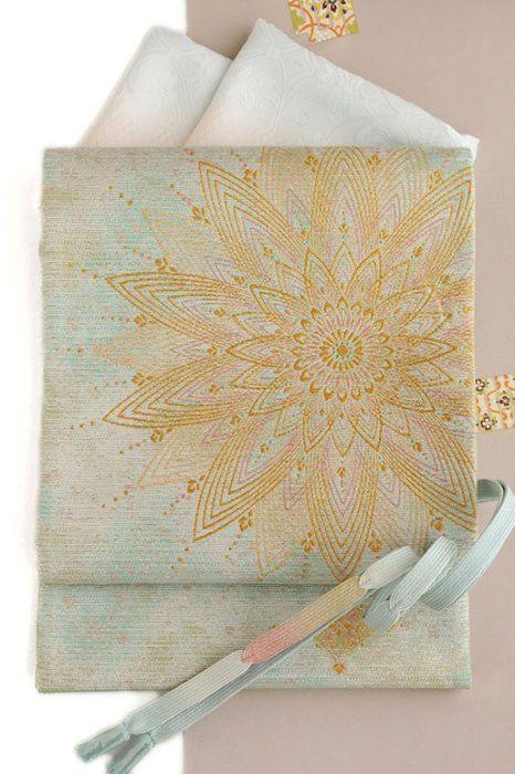 西陣織正絹袋帯「洋華文」金糸入り/グリーンぼかし地