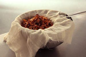 Homemade Amaretto Recipe - CHOW | Baking & Yummy desserts :) | Pinter ...