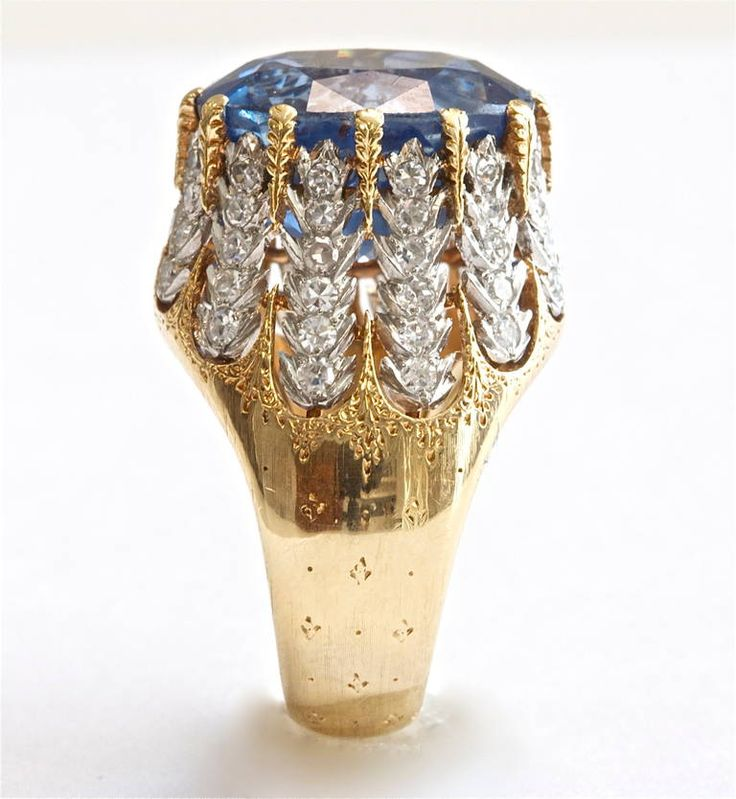Magnificent Buccellati Natural Sapphire Diamond Gold Ring