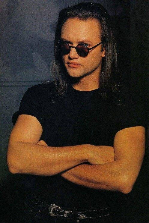 Geoff Tate - Queensryche - miss the hair, miss the band. My top 5 of vocalists