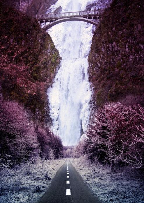 Frozen Waterfall, Oregon http://www.metacafe.com/watch/yt ...