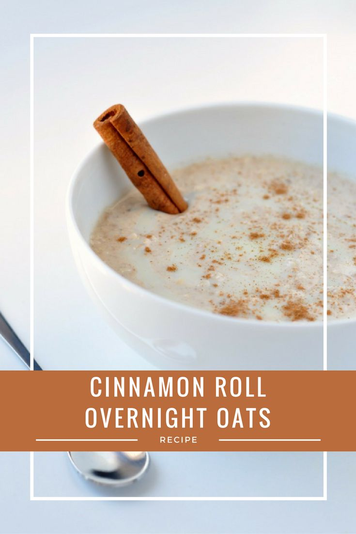 Healthy Cinnamon Roll Overnight Oats Recipe | This quick and easy breakfast recipe is gluten-free, delicious and takes just 5 minutes to prepare the night before! Perfect for a healthy and delicious breakfast on the go and so much better for you than a real cinnamon roll.