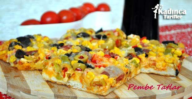 Tencere Pizzası Tarifi nasıl yapılır? Tencere Pizzası Tarifi'nin malzemeleri, resimli anlatımı ve yapılışı için tıklayın. Yazar: Pembe Tatlar