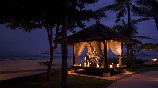 BPNCICI Romantic Dinner02 Top Creative Romantic Ideas For Your Sweetheart