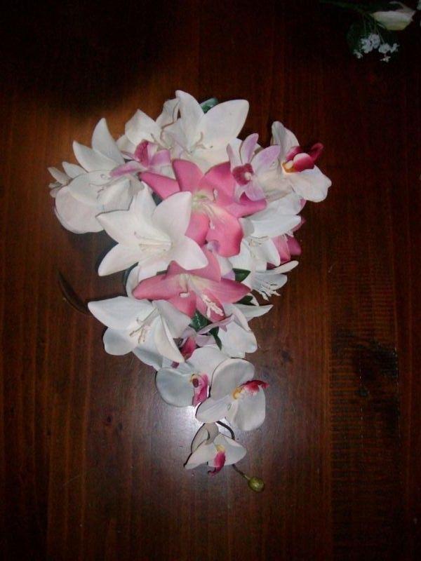 Ph Kathy on 08 8287 3386 or 0421 974 976   everlastingflowers2@bigpond.com