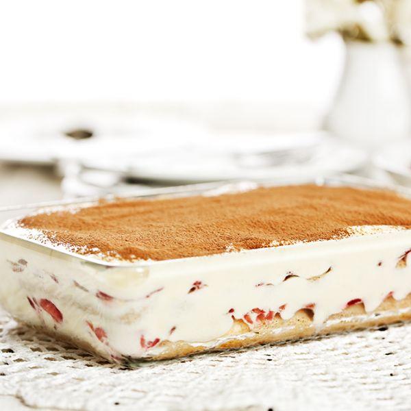 Veja esta de Receita de Tiramisu de Morangos. Esta e outras deliciosas receitas no site de nestlé Cozinhar.