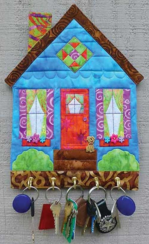 "This pattern is really a ""key""-per! If you're always looking for your keys, this little quilted wall hanging will keep them right where you want them! It's"