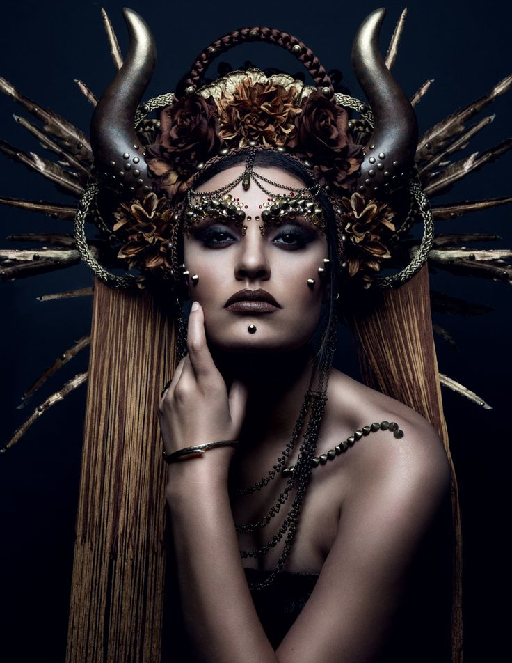 Photographer: Tara Mckinney​Headpiece: Miss G Designs​Bracelet: Liberté​Hair: Alex FordMakeup: Sharon TabbModel: Renee Grabow