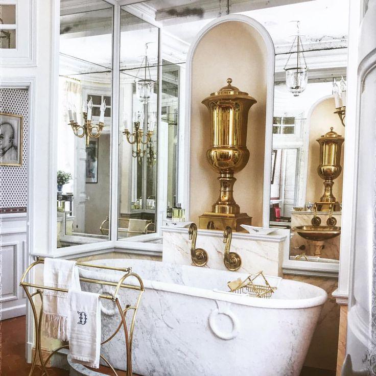 Christian Dior's Divine Bathroom At The Chateau De La