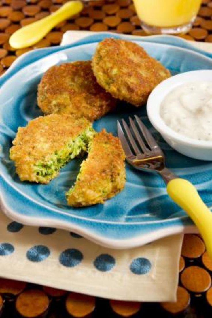Hartige cakejes van broccoli en zoete aardappel