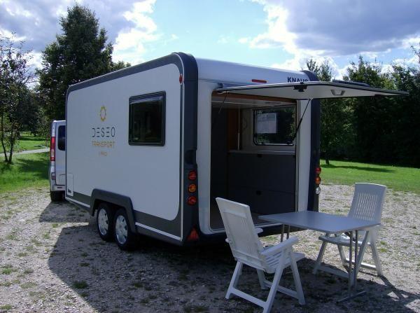 wohnwagen knaus deseo transport plus mit hubbett knaus. Black Bedroom Furniture Sets. Home Design Ideas