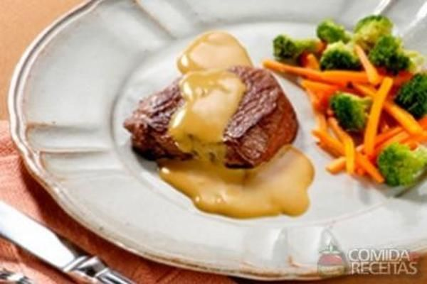 Receita de Bife suíço com molho de mostarda em receitas de carnes, veja essa e outras receitas aqui!