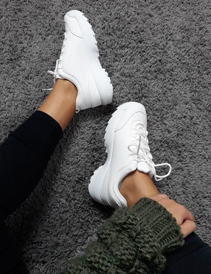 Image Showing is: Γυναικεία λευκά αθλητικά παπούτσια