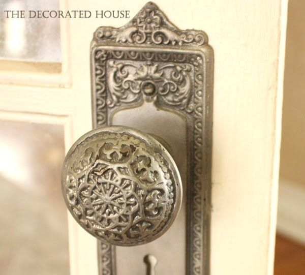 how to create an antique silver look on vintage door knob - Vintage Door Knobs