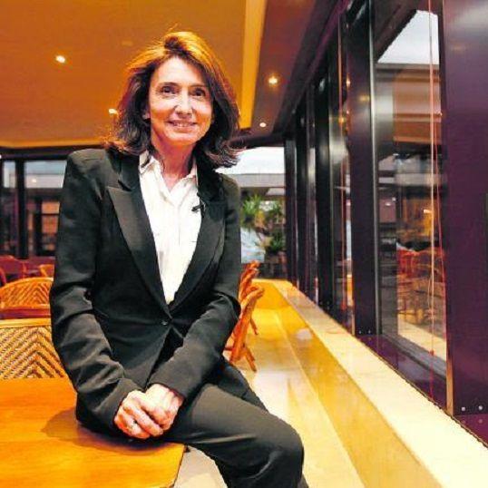 """Isabel Aguilera (Sevilla, 1960) fue directora general de Google para España y Portugal y ahora asesora a empresas. """"Un crack puede ser como le dé la gana, pero yo le aconsejo que además sea buena gente"""". http://economia.elpais.com/economia/2015/07/09/actualidad/1436455637_827273.html"""