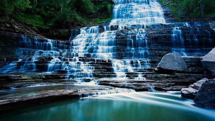 Albion Falls in Hamilton, Ontario.  by fallenflowers