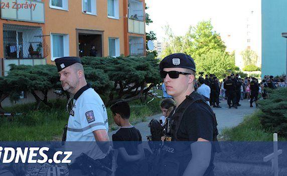 Soud poslal do vazby střelce z Chomutova obviněného z vraždy Roma