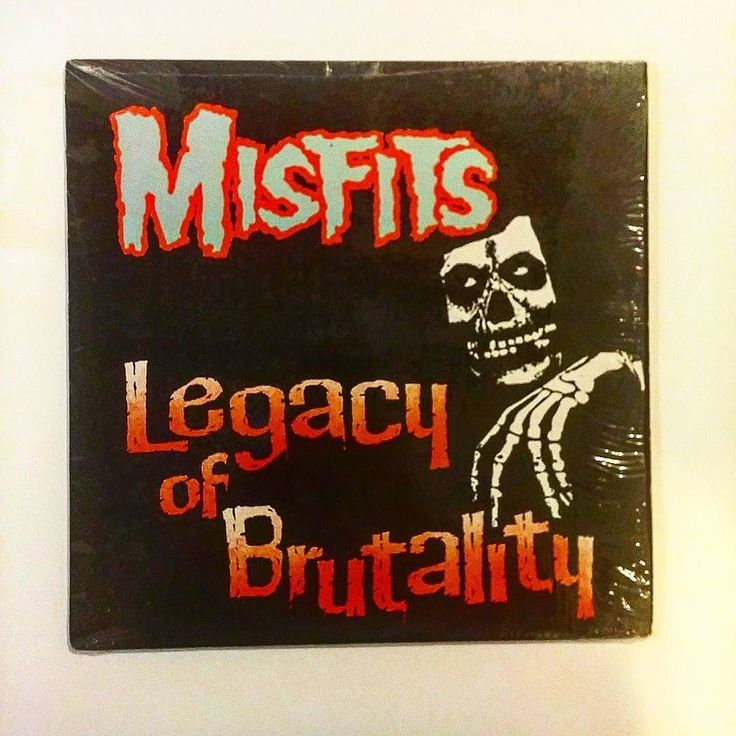 Newest addition to my archives! This was my first Misfits cassette my first Fits CD and now I have it on vinyl too.  #vinylcollection #fiendclub #vinyl #jerryonly #nowspinning #vinyljunkie #themisfits #recordcollection #danzig #record #records #vinyligclub #doylewolfgangvonfrankenstein #doyle #misfits #vinylcommunity #instavinyl #vinyladdict #vinylcollector #vinylporn #vinylcollectionpost #lp #recordcollector #nowplaying #vinylrecord #vinylrecords #vinylgram #horrorpunk #vinyloftheday…