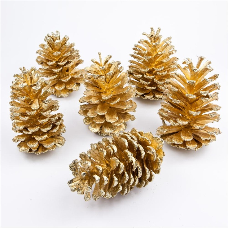 Gold Dipped Long Leaf Pine Cone with Glitter Tips | If only they were cinnamon scented! :)