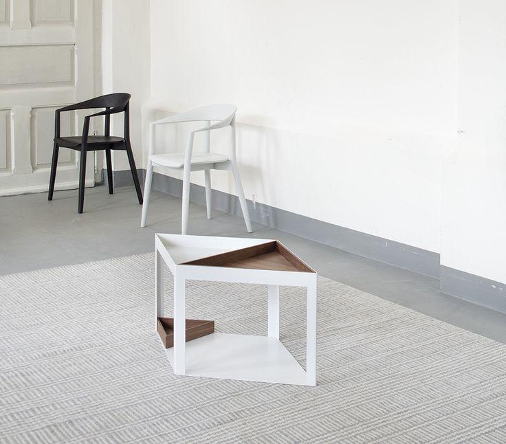Oryginalny stolik z kolekcji Karo według projektu Pascala Bosettiego.