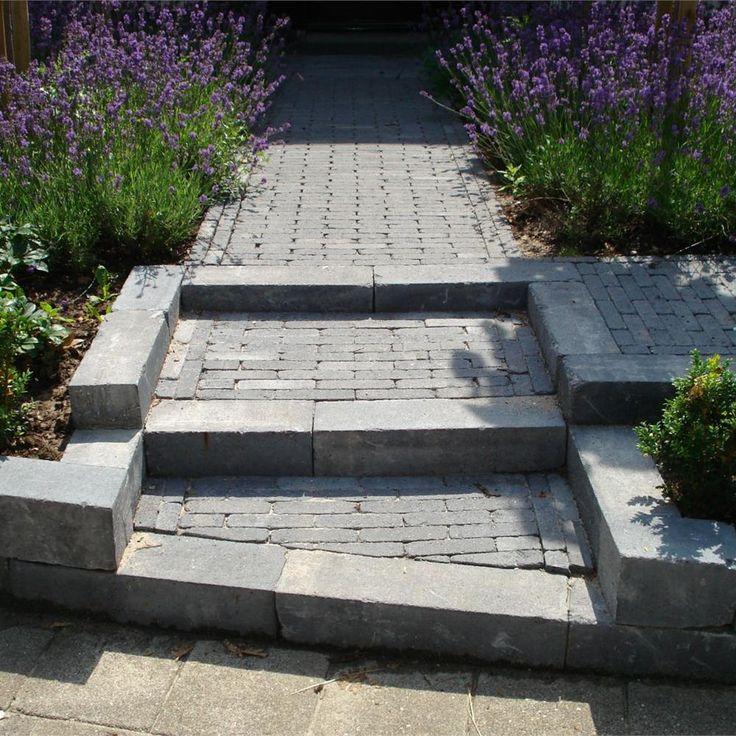 Tuin border stenen google zoeken garden pinterest search and tuin for Tuin decoratie met stenen