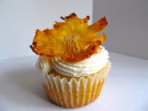 Pineapple Cupcake: Desserts, Haley Luau, Cupcakes Ideas, Pineapple Cupcakes, Flower Cupcakes, Luau Cupcakes, Favorite Recipes, Sunflowers Cupcakes, Cupcakes Rosa-Choqu