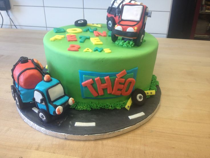 gâteau d'anniversaire pour garçon