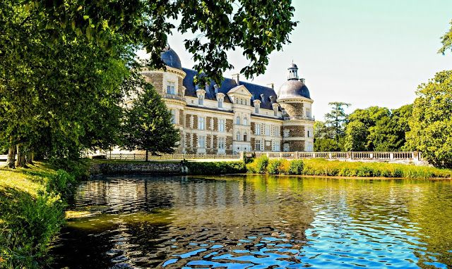 France, Loire Valley - Château de Serrant III (The Lake View)